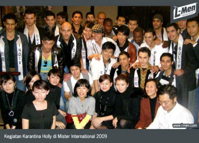 NEWS - XII/2009 - Latest Updates of Holly in Mister International 2009