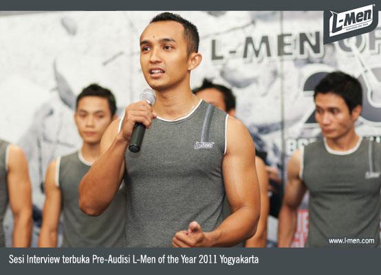 Sesi Interview terbuka Pre-Audisi L-Men of the Year 2011 Yogyakarta