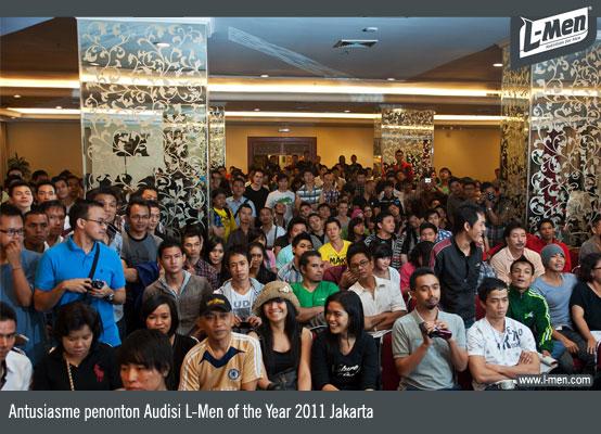 Antusiasme penonton Audisi L-Men of the Year 2011 Jakarta