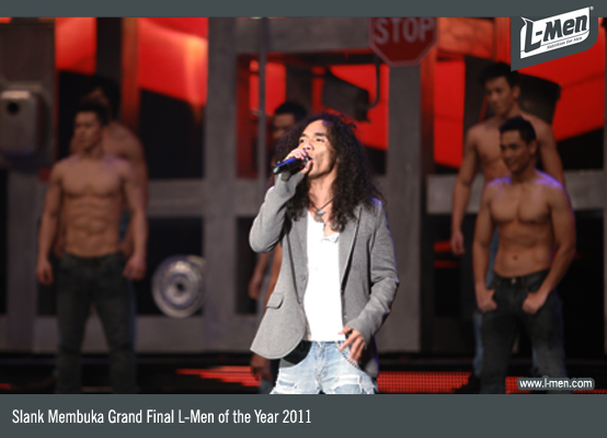 Slank membuka Grand Final L-Men of the Year 2011