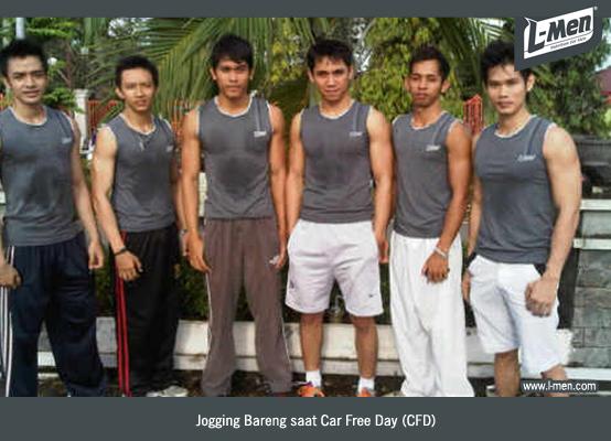 Mereka lalu mengawali dengan aktivitas sederhana seperti jogging di minggu pagi, saat adanya event Car Free Day (CFD) di Banjarmasin.