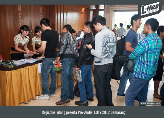 Registrasi Ulang Peserta Pre-Audisi LOTY 2012 Semarang