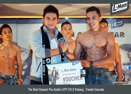 The Best Sixpack Pre-Audisi LOTY 2012 Padang: Freedo Uwuratu