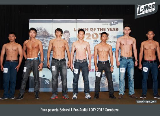 Para peserta Seleksi 1 Pre-Audisi LOTY 2012 Surabaya