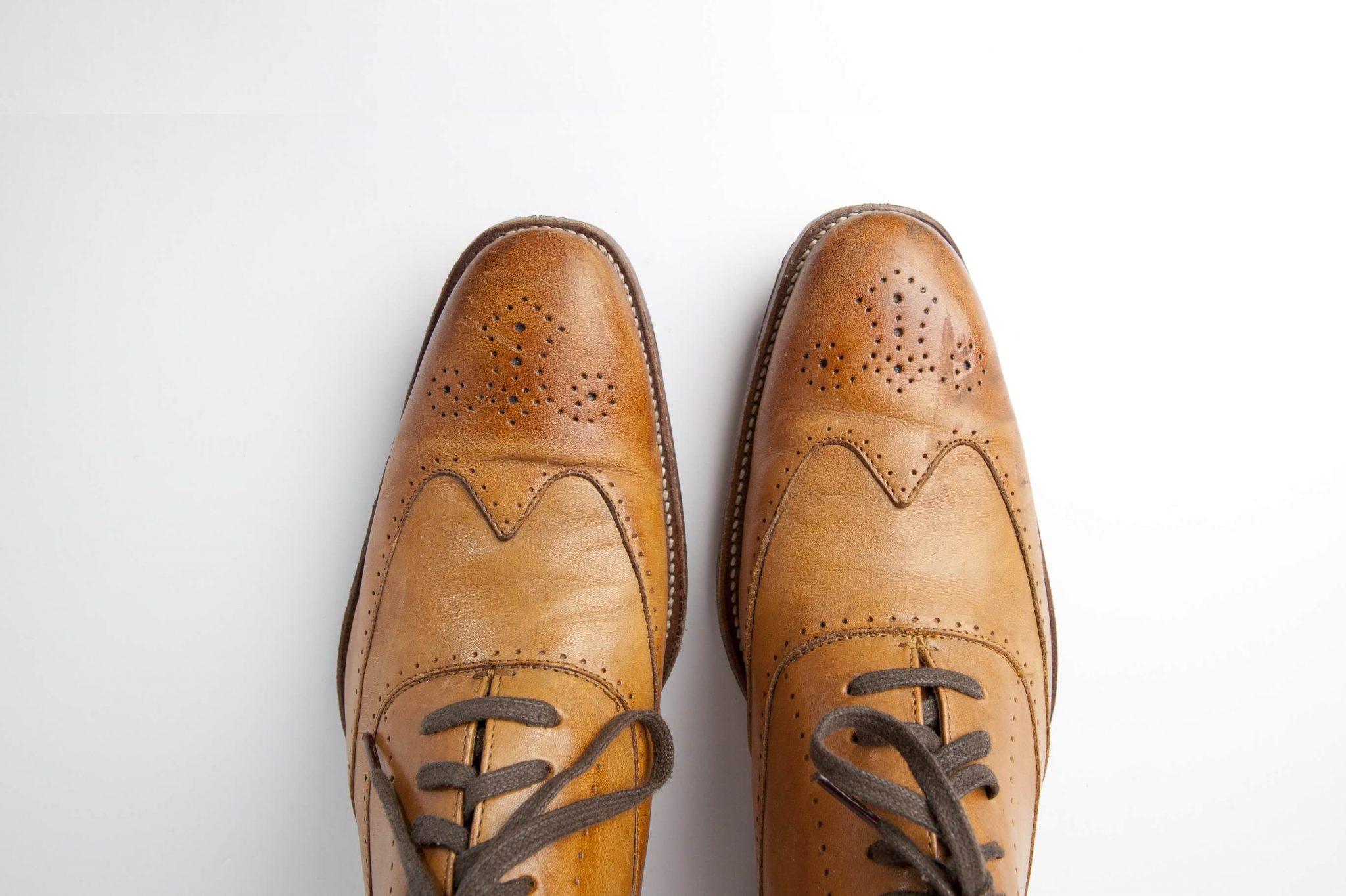 Image result for Cara Membersihkan Sepatu Bahan Kulit